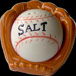 Catchers Mitt and Baseball Salt and Pepper Shakers