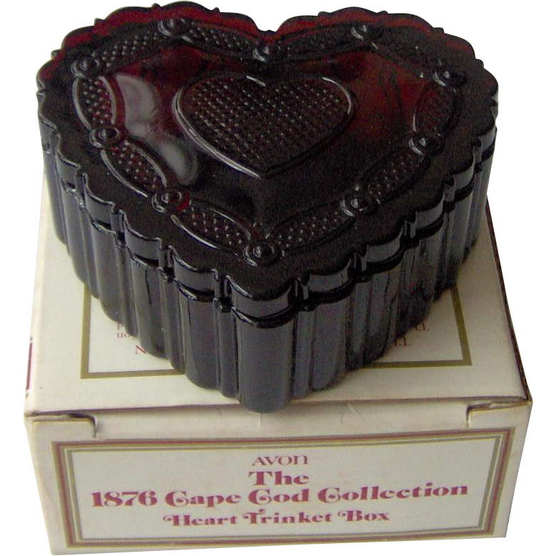 Vintage Avon Cape Cod Heart Trinket Box