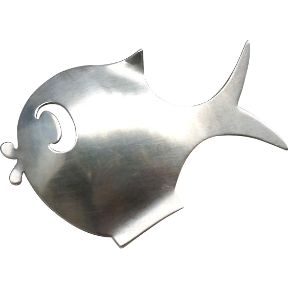 Mid Century Modernist Sterling FISH Pin by BEAUCRAFT