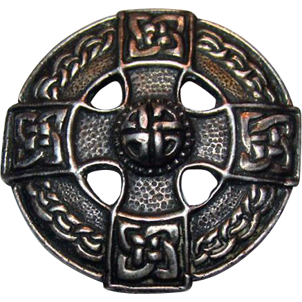IONA Style Shipton & Co Ltd. Sterling CELTIC Design Brooch