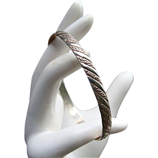 Victorian Style DANECRAFT Sterling BANGLE Bracelet