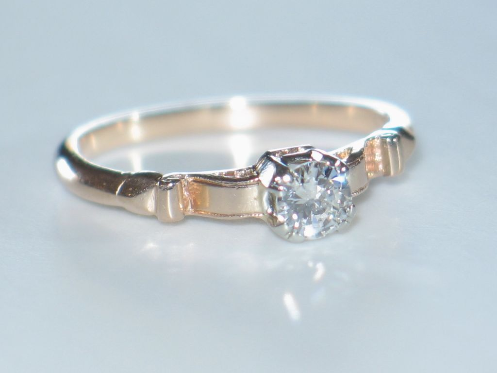 Diamond Engagement Ring Antique Rose Gold & Diamond Solitaire