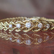 Estate, Vintage 14k Yellow Gold Diamond Bracelet. - Red Tag Sale Item