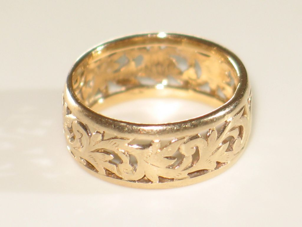 ming s 14k yellow gold band ring wide vintage gold band