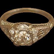 Vintage Old European-cut Diamonds Engagement Ring in 18k White Gold.