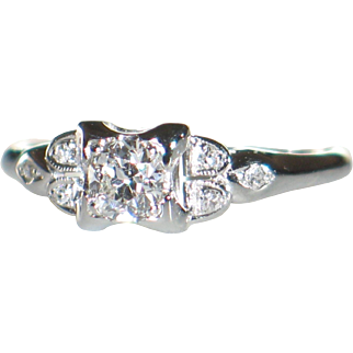 18k white gold diamonds vintage ring.  Old European cut and single cut diamonds.