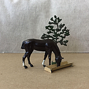 Charming Vintage Britains Lead Horse, Trough and Tree