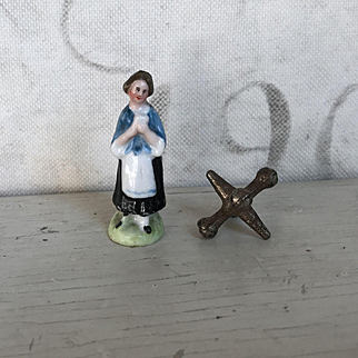 Charming Antique Miniature German Porcelain Dollhouse Lovely Lady Figurine