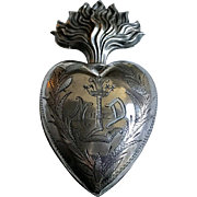 Beautiful Antique French Sterling Silver Sacred Heart Ex Voto Reliquary Locket