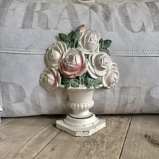 Gorgeous Old Hubley Shabby Chic Cast Iron Rose Bouquet Flower Doorstop