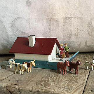 Wonderful Old Miniature Wood German Erzgebirge Noah's Ark Set