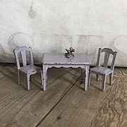 Adorable Vintage Cast Iron Miniature Cast Iron Dollhouse Table & Chairs