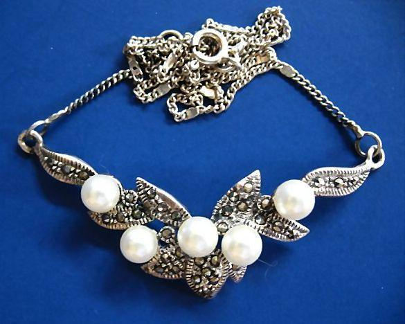 Gorgeous Vintage Cultured Pearl & Marcasite Sterling Silver Necklace