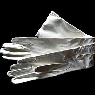 Vintage Lavabile Opera Length Kid Gloves