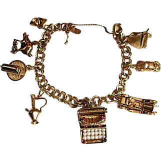 Heavy 14K Gold Double Link Charm Bracelet / Eight Charms 46.9 Grams Total
