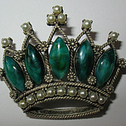 Vintage Silver Tone Crown Brooch With Faux Pearls & Green Stones