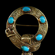 A Victorian 15ct Gold & Turquoise Garter Brooch. Circa 1840.
