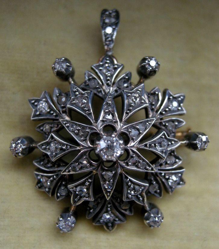 A Victorian 15ct Gold & Silver Diamond Set Pendant. Circa 1895.