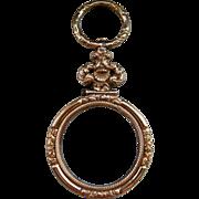 A Georgian Gold Cased Quissine Glass. Circa 1825.