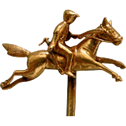 A Victorian 18ct Gold Equine Novelty Stickpin. Circa 1890.