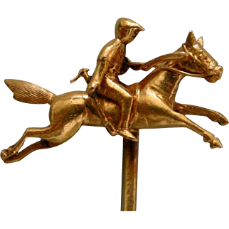 A Victorian 18ct Gold Equine Novelty Stickpin. Circa 1890.