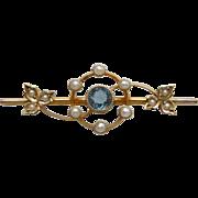 A Victorian 15 ct Gold, Aquamarine & Seed Pearl Brooch. Circa 1895.