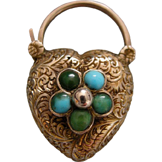 An Antique Heart Shaped 15 ct Gold and Turquoise Locket Padlock. Circa 1830.