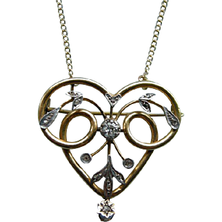 An Antique 18 ct Gold and diamond French Pendant. Circa 1900