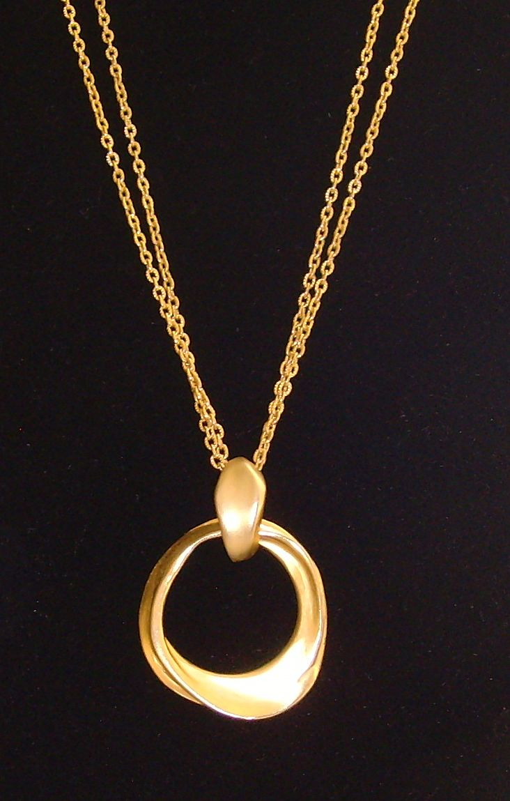 Matte Gold-Tone Free Form Circle Pendant Necklace