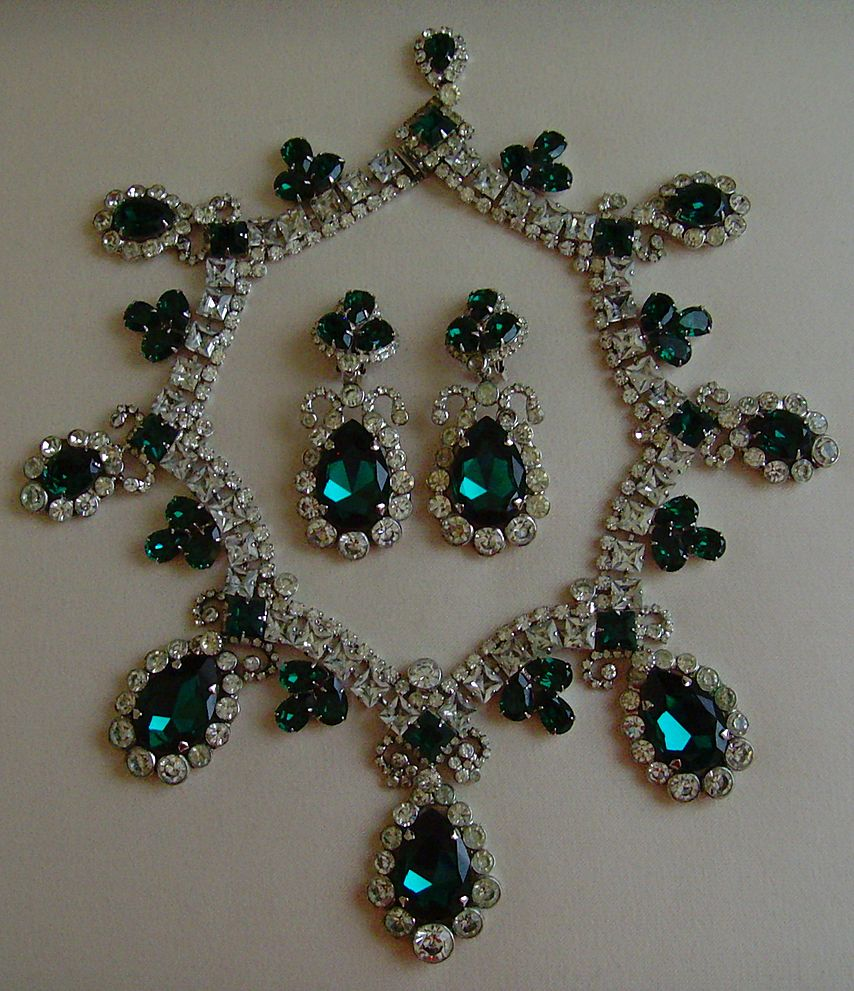 Robert Sorrell Rhinestone and Glass Necklace Set