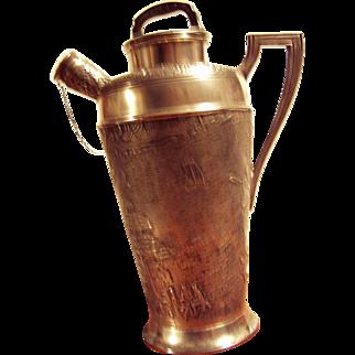 Dutch motif shaker