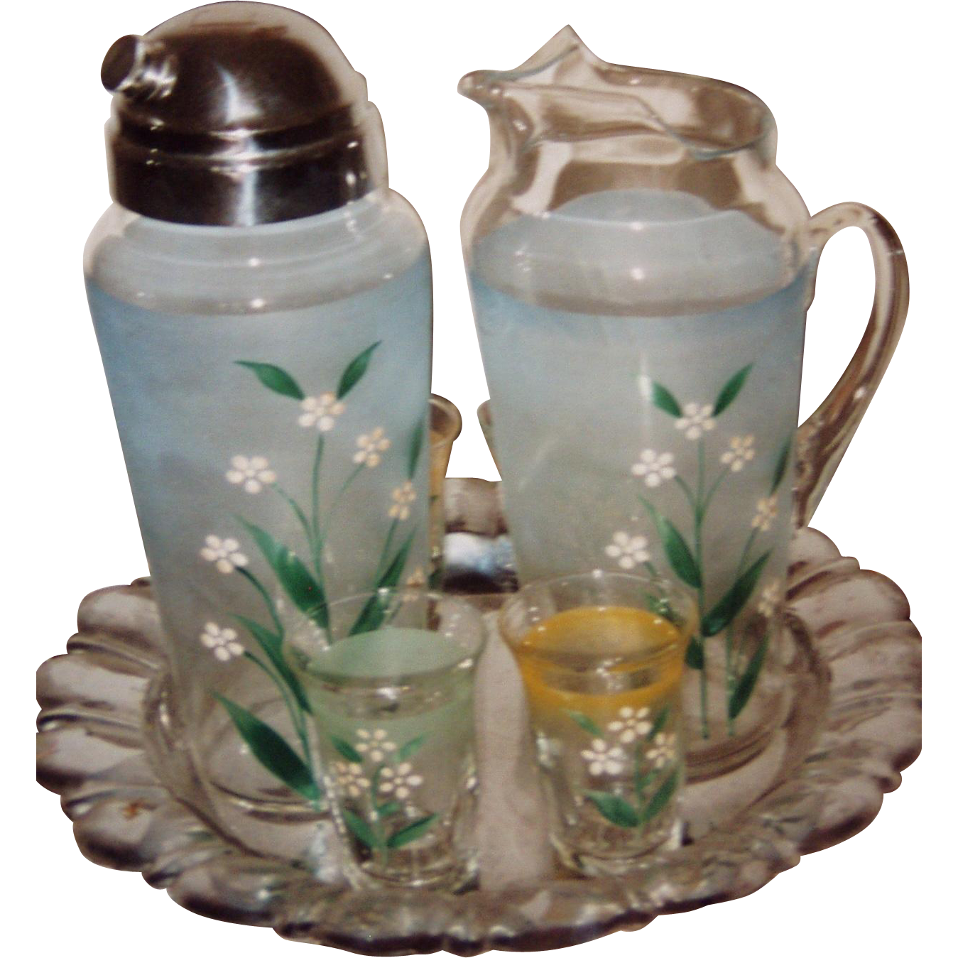 VA GLASS Handpainted Shaker Set