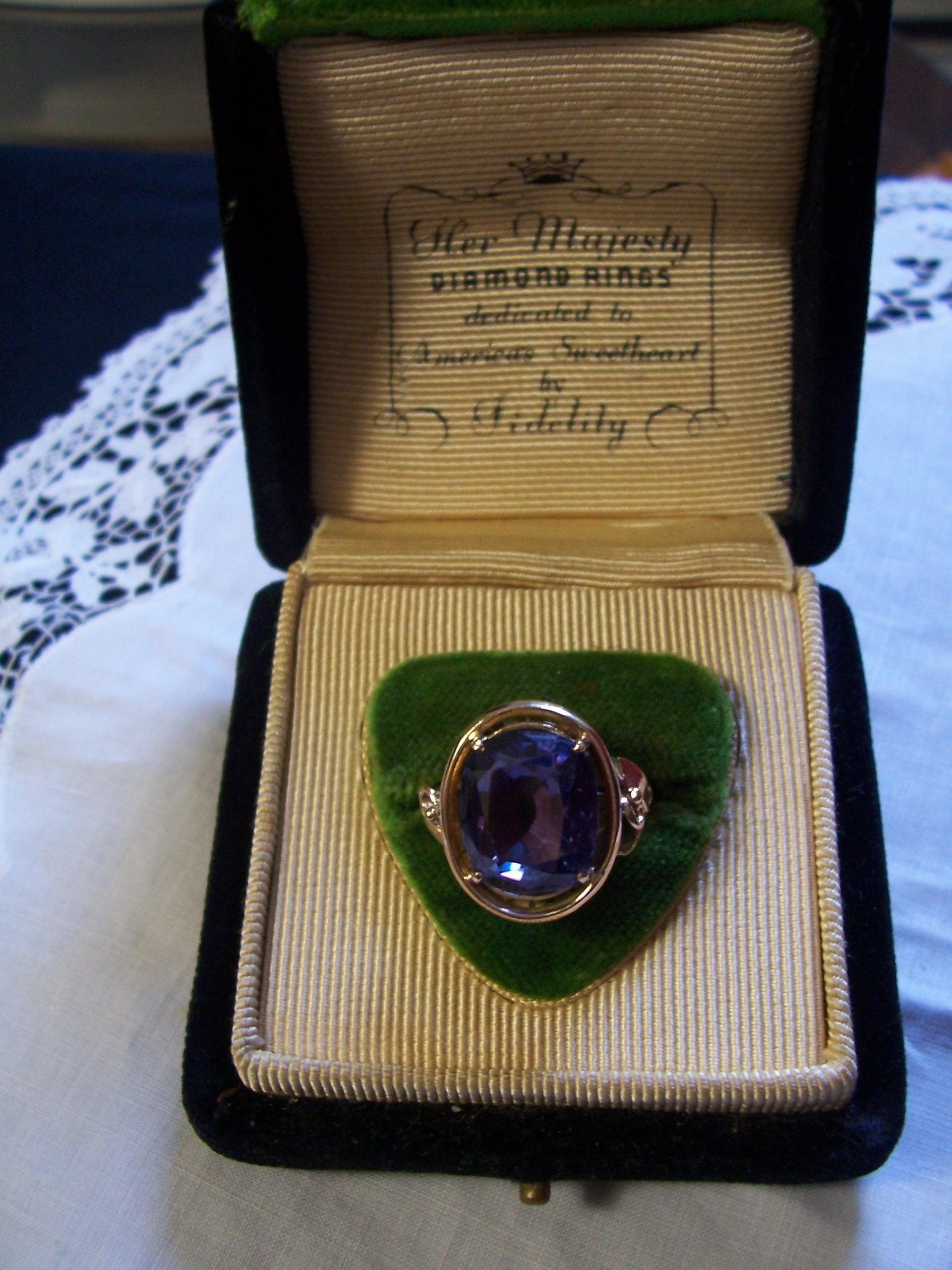 14K Art Deco Synthetic Alexandrite Ring