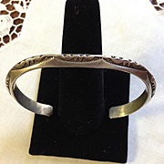 Navajo Style Sterling Carinated Bangle