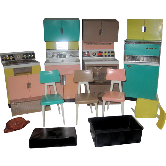 OOOOH - Remember Playing With Barbie and Your Deluxe Reading Kitchen in the 1960s