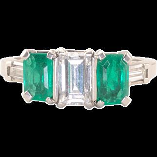 Emerald Cut VS2 Diamond Emerald Platinum Ring