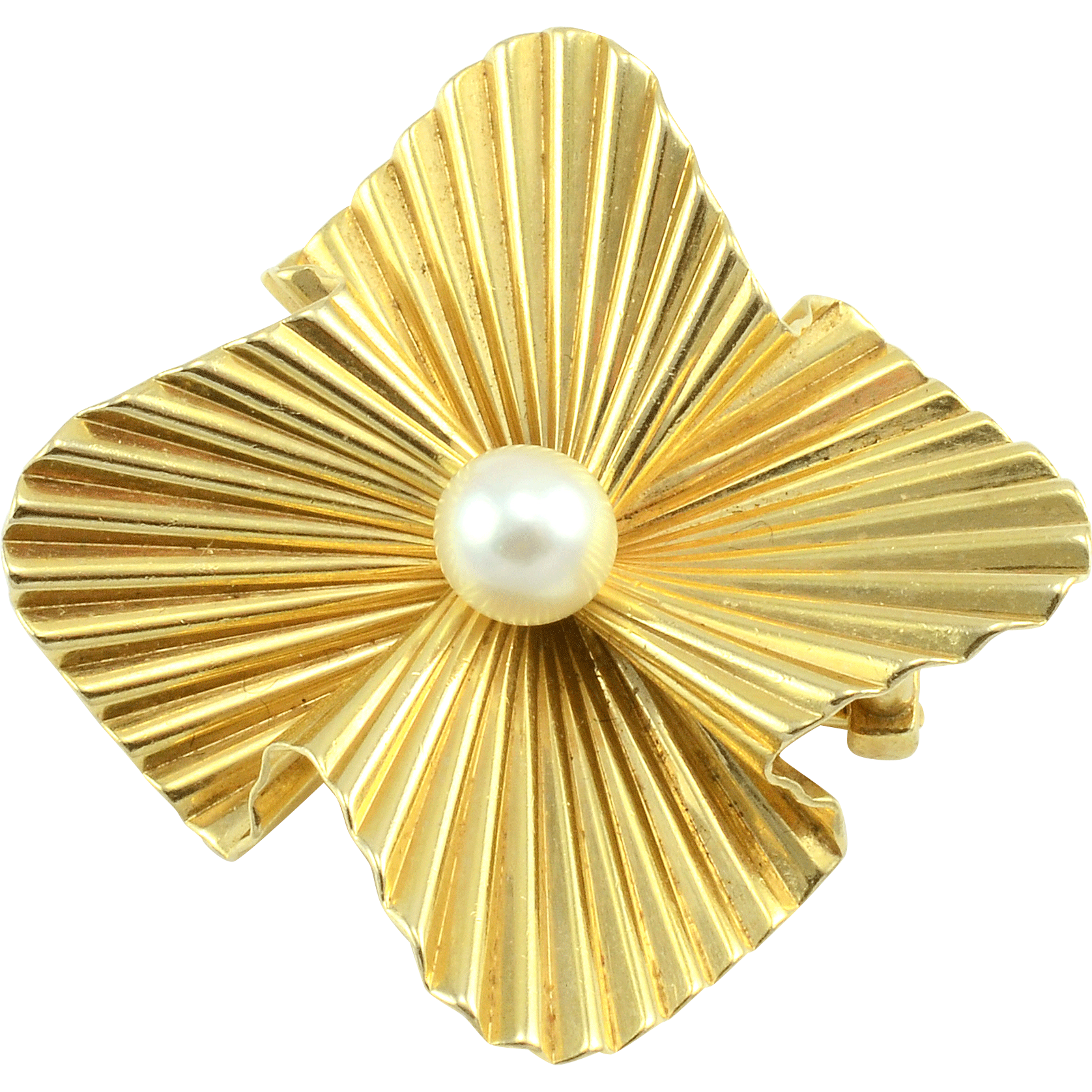 Yellow Gold Cultured Pearl Brooch