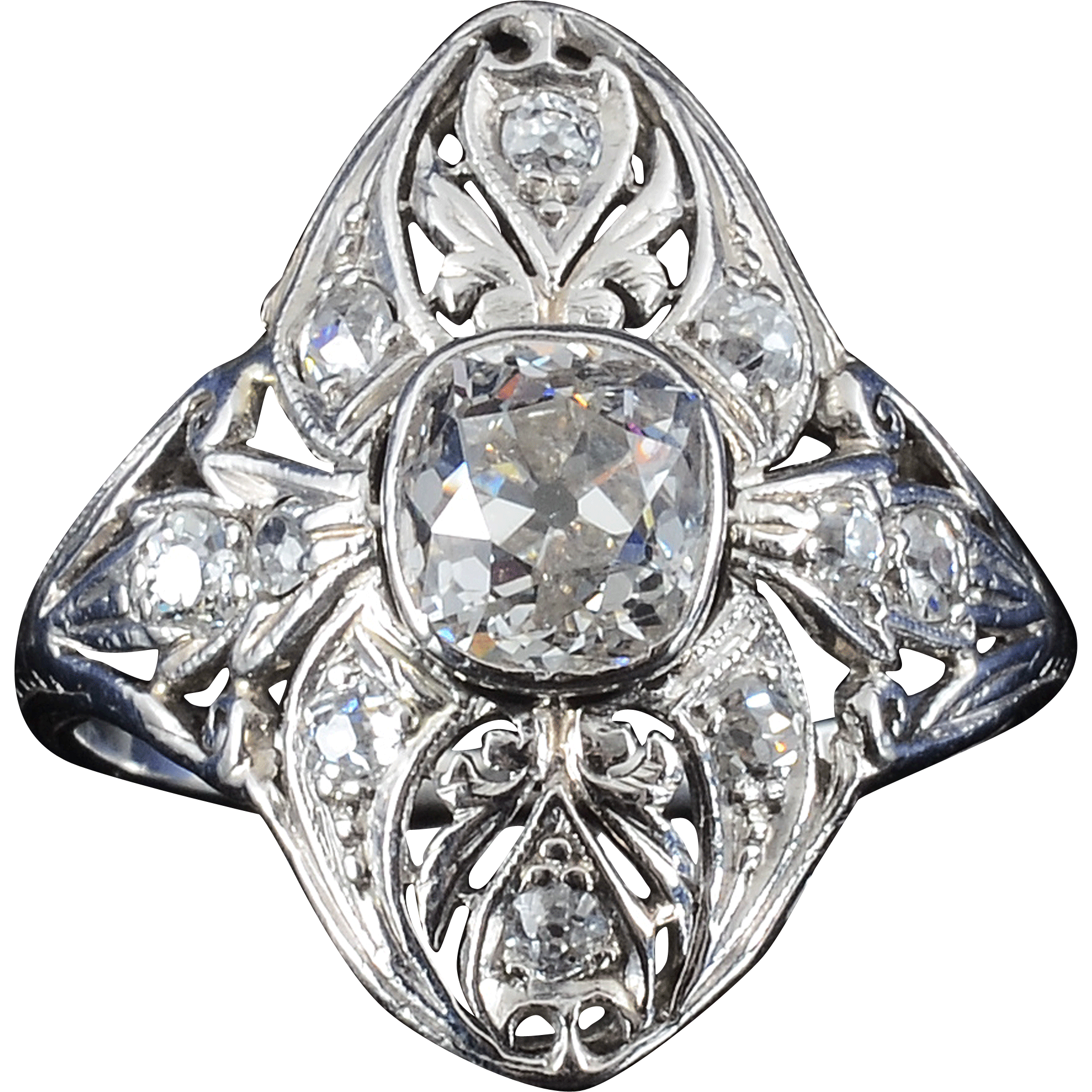 Edwardian Platinum 1.04 Carat Center Diamond Ring