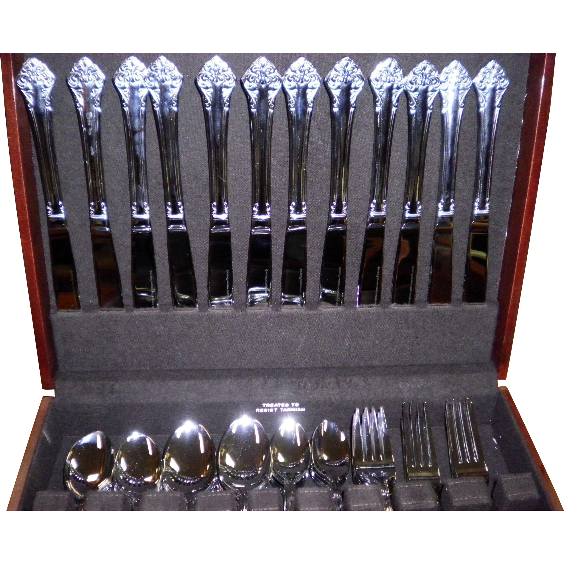 "Reed & Barton ""Elegant"" 92 Piece Service for 12 Stainless Flatware Set With 2 Drawer Case"