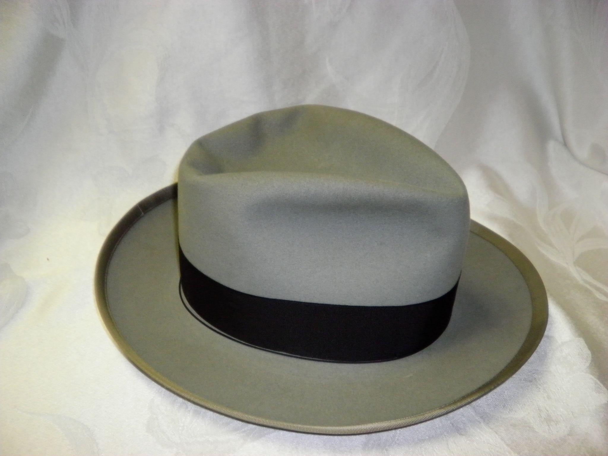 abf2e02259b5f Vintage Royal Stetson Whippet Fedora Hat With Trolly