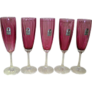 Set Of 5 Pilgrim Cranberry Glass Champagne Flutes