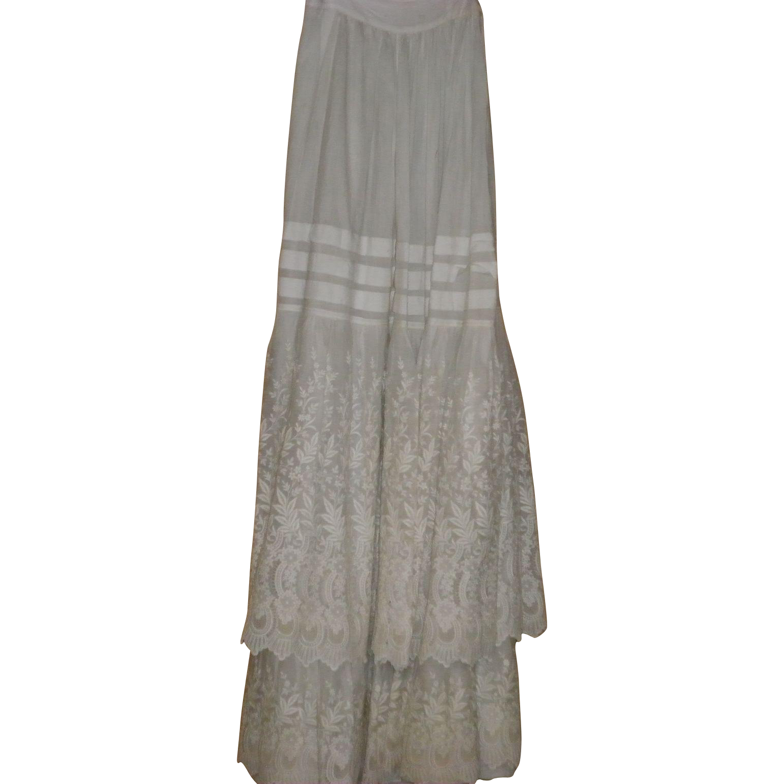 Victorian lace Skirt / Petticoat / Slip