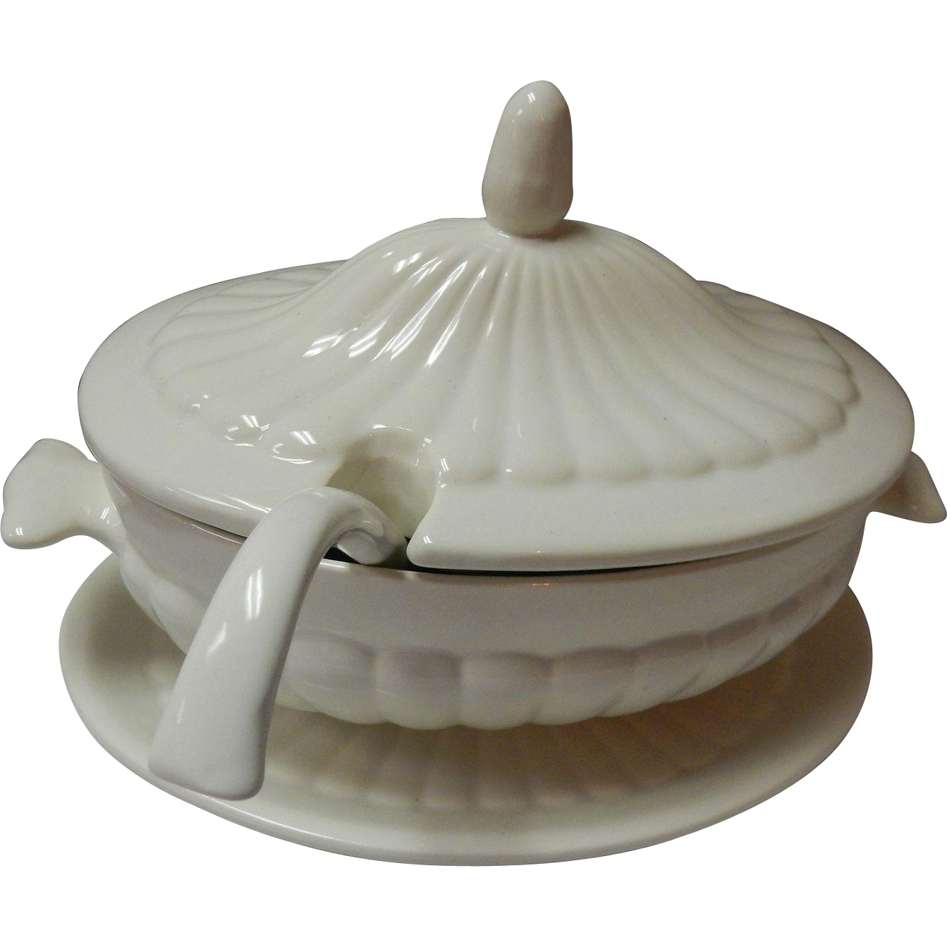 Vintage California USA Soup Tureen With Underplate