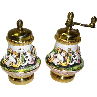 Vintage Capodimonte Salt Shaker & Pepper Mill / Grinder Set Made In Italy
