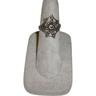 Marcasite and Sterling Silver Ring Size 6