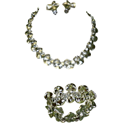 Vintage 3 Piece Lisner Necklace Bracelet & Earrings Set