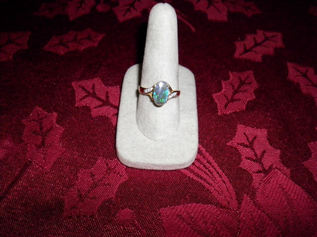 14 kt Yellow Gold Blue-Green Opal & Diamond Ring Size 9.5 With Appraisal