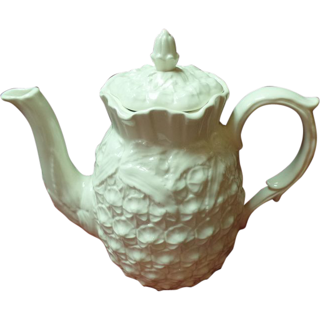 Spode Williamsburg Reserve Collection Pineapple Coffee Pot