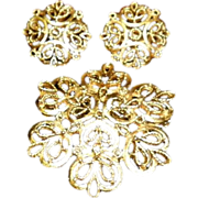 Vintage Trifari Gold Tone Pin & Earrings set