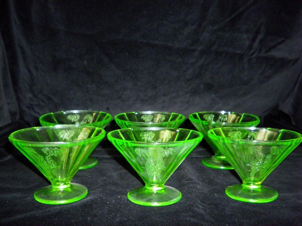 Set Of 6 Federal Sylvan Green Vaseline Parrot Glass Sherbert Dishes